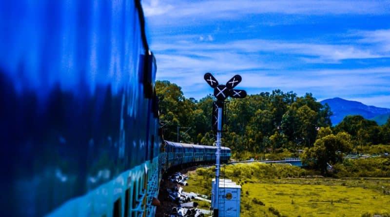 Treno azzurro