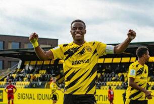 Borussia Dortmund MOUKOKO